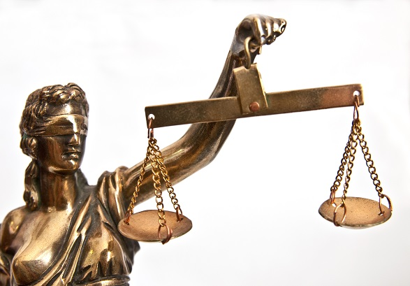 Dobry adwokat – jak wybrać, czym się kierować?